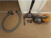 Dyson DC54MF Cinetic Multi Floor Bagless Cylinder Vacuum Cleaner