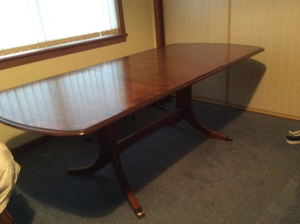 Parker Knoll Burr Ash Sideboard Matching Dining Table 4