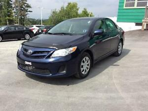 2013 Toyota Corolla CE 6SPD WITH AIR CONDITION AND PWR WINDOWS