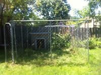 10x10fenced kennel w/dog house (large )