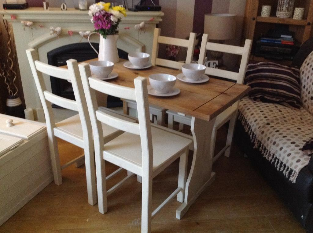 Solid pine shabby chic dining or kitchen table and chairs for Rustic shabby chic dining table