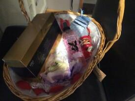 Valentines treat hamper basket