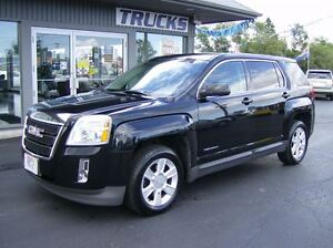 2011 GMC Terrain SUPER CLEAN !! LOW KMS !! WE FINANCE !!