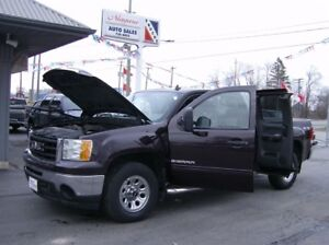 2009 GMC Sierra 1500 EXTENDED CAB 4X4 !! *WE FINANCE**