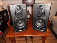 Aiwa 100watt Stereo Speakers