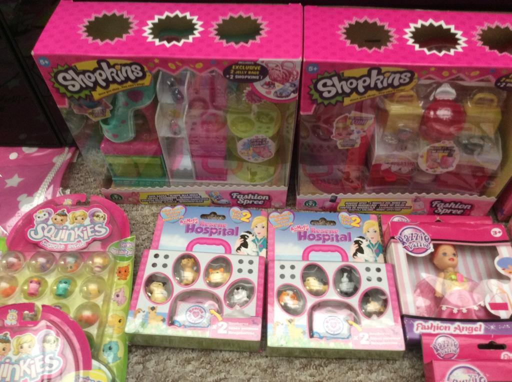 Girls bundle new toys