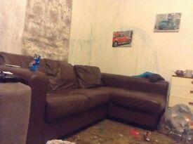 briwn corner couch