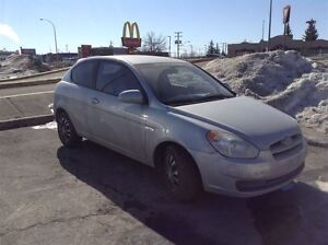 2009 Hyundai Accent ***ONLY 62771km***w/REMOTE STARTER!!!
