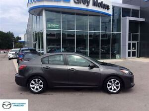 2012 Mazda MAZDA3 GX, Auto, Air, Loaed, Low kms, One Owner!