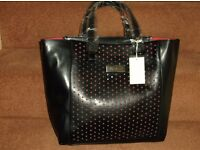 Band New with Tags Ladies Black Pia Rossini Sydney Faux Leather Handbag/Tote Bag