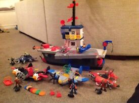IMAGINEXT Sky racers aircraft carrier and 4 Sky racer planes