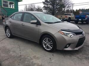 2014 Toyota Corolla LE UPGRADE WITH SUNROOF AND ALLOY WHEELS - G