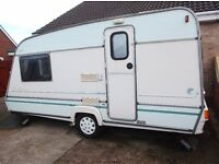 2 Berth Caravan Abi Dalesman 420/2 Motor Mover Stabiliser Hitch L Shaped Lounge Clean & Dry Bargain