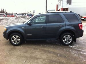2008 Ford Escape Limited/Leather/Sunroof/Loaded