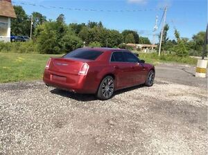 2012 Chrysler 300 S V6 - Managers Special London Ontario image 7