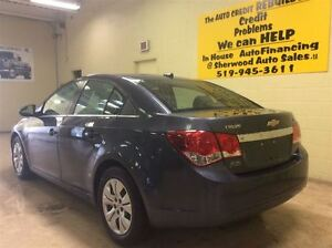 2013 Chevrolet Cruze LT  Annual Clearance Sale! Windsor Region Ontario image 4