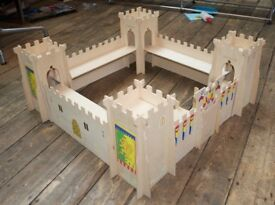 ELC Wooden knights castle Early Learning Centre
