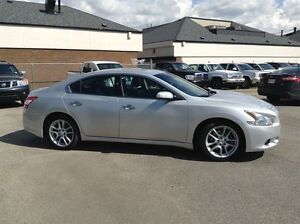 2011 Nissan Maxima | Leather | Touch Screen |