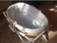 Baby Moses basket on folding stand