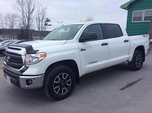 2015 Toyota Tundra CREW MAX TRD OFF ROAD 4X4 - WOW, WHAT A TRUCK