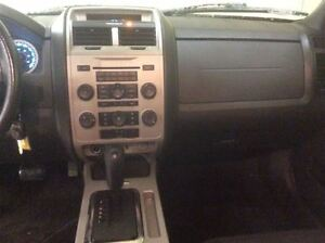2011 Ford Escape XLT Annual Clearance Sale! Windsor Region Ontario image 13