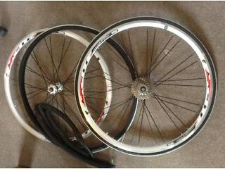 MICHE Excite 700 Road Bike Wheels/Tyres