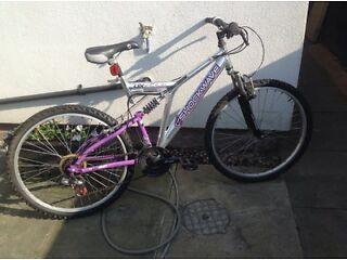 """Mountain bike man /boy 26"""" wheels"""