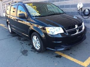 2016 Dodge Grand Caravan CREW/LEATHER/PWR SLIDING DOORS/LOADED