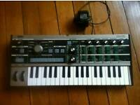 KorgmicroKORG Keyboard Synthesizer with Vocoder