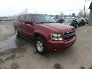 2007 Chevrolet Avalanche / LS / 5.3 / LEATHER / 4X4 / SUNROOF
