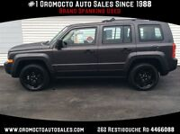 2015 Jeep Patriot 4x4, Only 12000 km 4 new Winters In