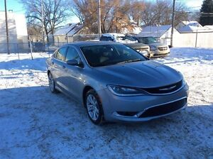 2015 Chrysler 200 Limited - FREE WINTER TIRE PACKAGE