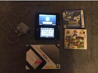 3DS Xl Silver & 2 Games