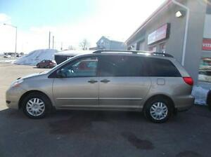 Toyota Sienna 5dr CE 7-Pass FWD