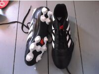 ADIDAS FOOTBALL BOOTS SIZE 5 - USED ONCE - PLUS SHIN PADS & SOCKS - COLLECTION TOTNES