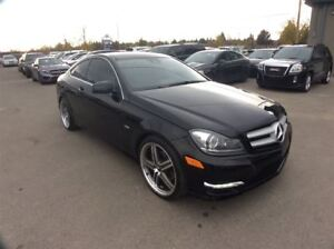 2012 Mercedes-Benz C-Class / 250 / COUPE / SUNROOF / LEATHER / T