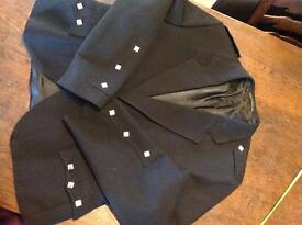 Kilt jacket in black with silver square buttons