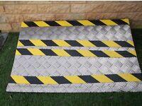 wheel chair threshold step/ ramp