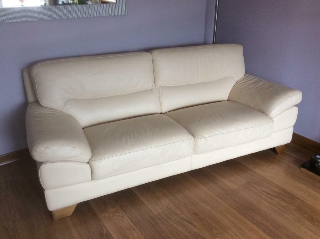 Dfs Italian Cream Leather Suite In Glasgow City Centre