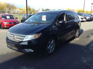 2011 Honda Odyssey TOURING A/C MAGS TOIT CUIR NAVIGATION TV/DVD