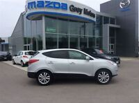 2012 Hyundai Tucson Limited, Heated Leather, Sunroof, One owner!