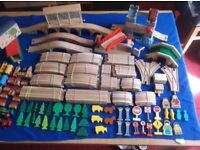 WOODEN TRAIN TRACK SET...EXTRA LARGE COLLECTION..165+ PIECES inc.UNUSUAL BRIDGES...COUNTRYSIDE THEME