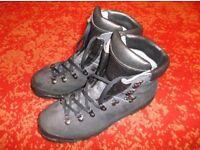 Scarpa Mountain/ Walking Boots (size 10)