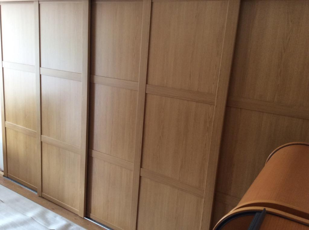 b q 5 x shaker oak effect sliding wardrobe doors track