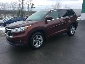 2015 Toyota Highlander LIMITED AWD WITH LEATHER, NAVIGATION AND