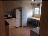 Single room to rent in Roehampton, Putney