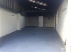Cheap 1000 sqft Unit to Let with a 1000 sqft Yard in Secure Area - Birminghan