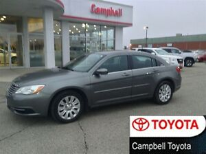 2013 Chrysler 200 LX LOW KM'S LOCAL TRADE--ACCIDENT FREE