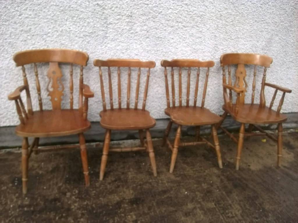 Set of 4 sturdy pine chairs with carvers