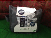 NEW MENS Nivea Wash Bag Set (Shower gel, Deodorant, Skin Creme)
